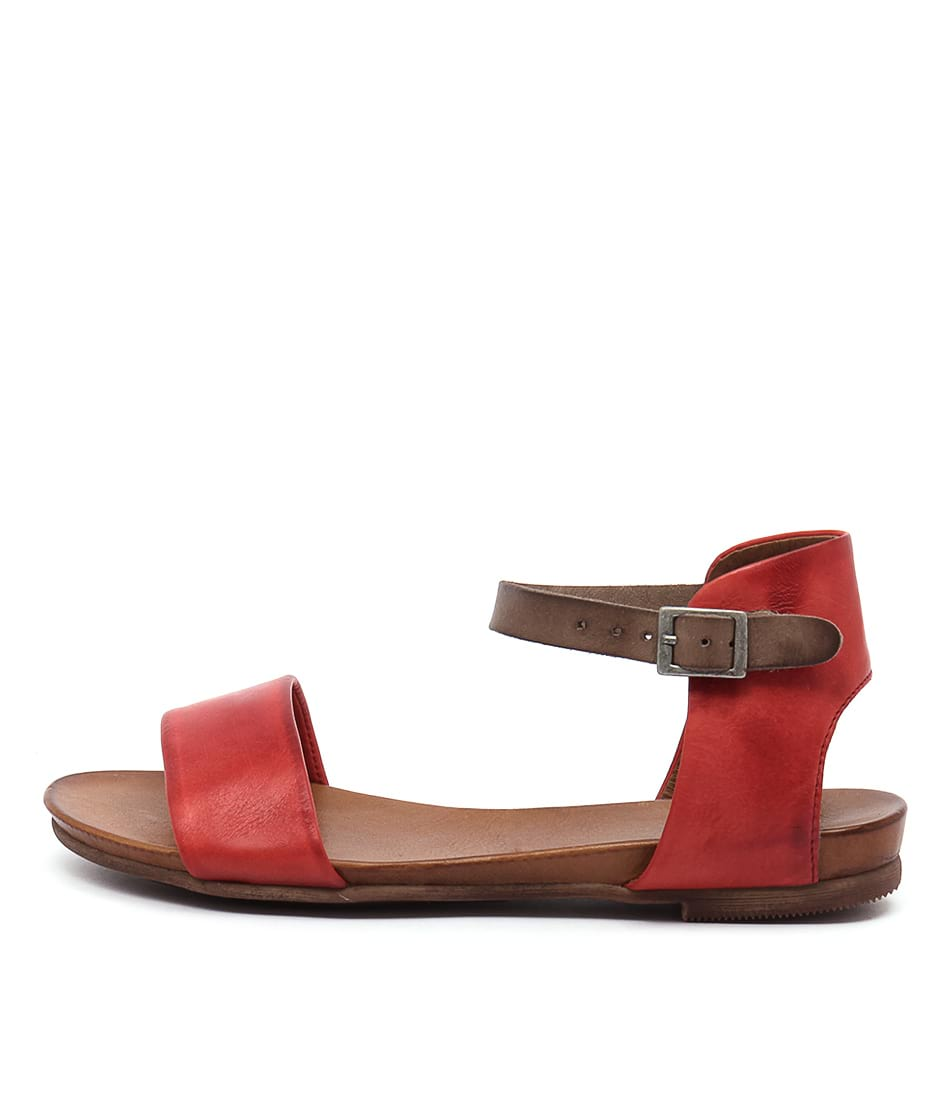 Eos Larna Blood Orange Ta Casual Flat Sandals