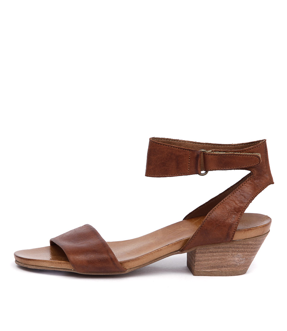 Buy Eos Cubo W Brandy Heeled Sandals online with free shipping