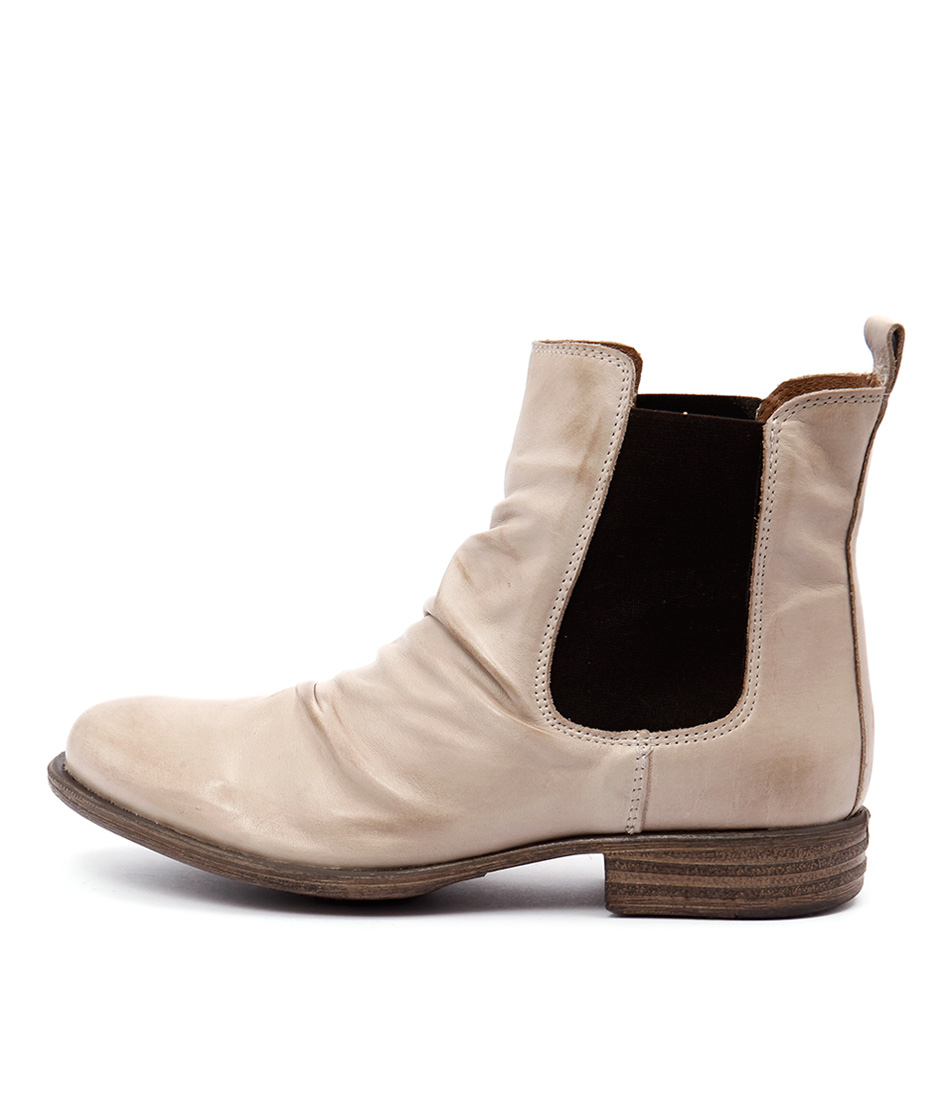 Eos Willo W Beige Casual Ankle Boots