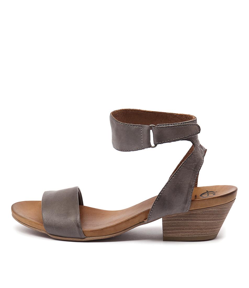 Eos Cubo W Zinco Heeled Sandals