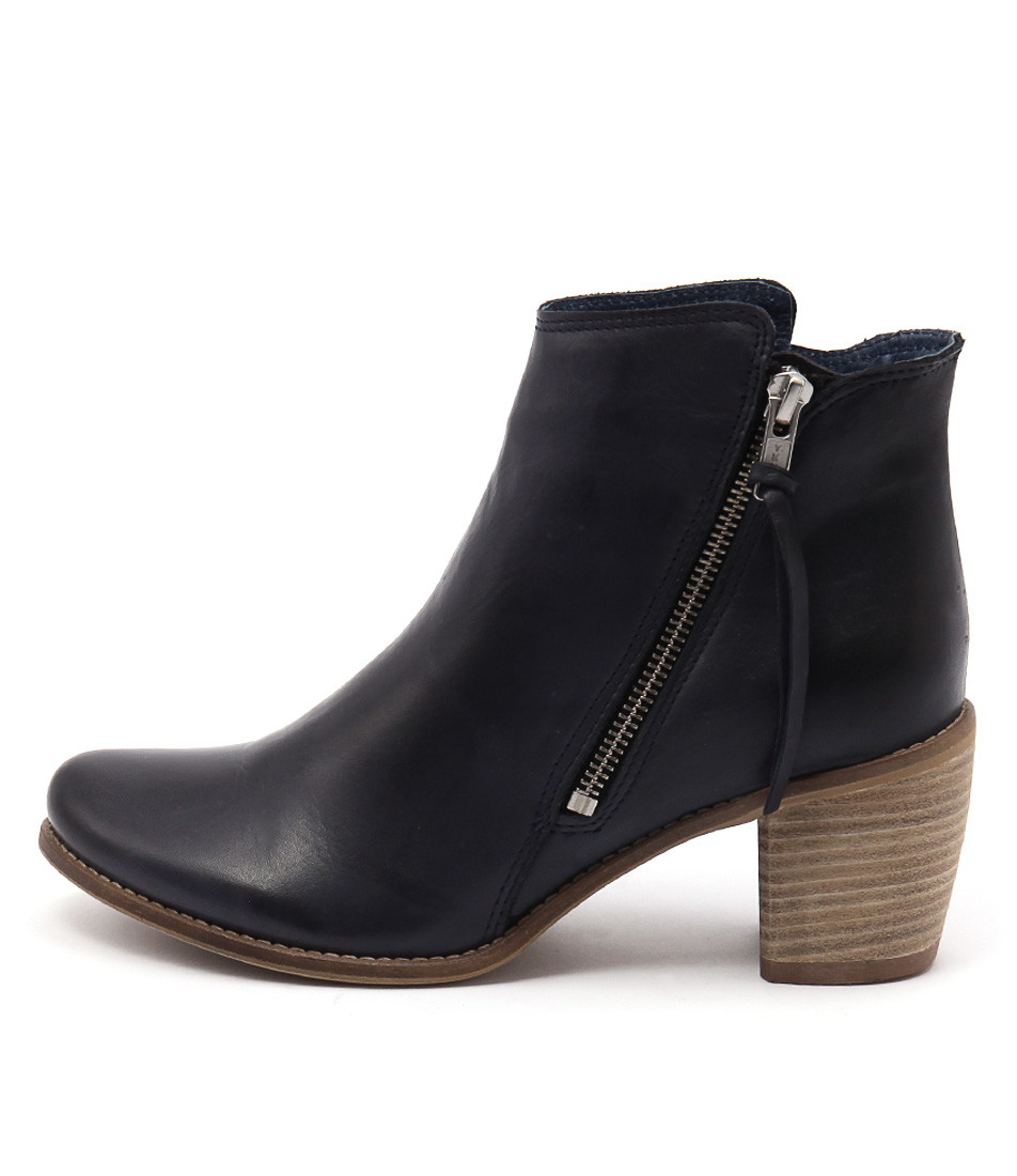 Eos Clinto W Navy Casual Ankle Boots