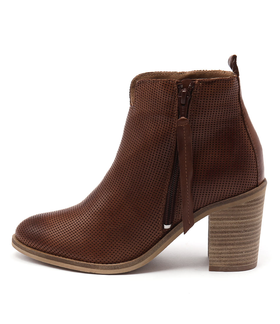 Eos Notan Brandy Ankle Boots