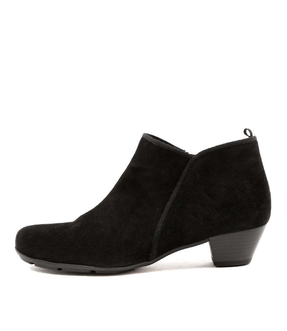 Gabor Kathleen Schwarz Ankle Boots