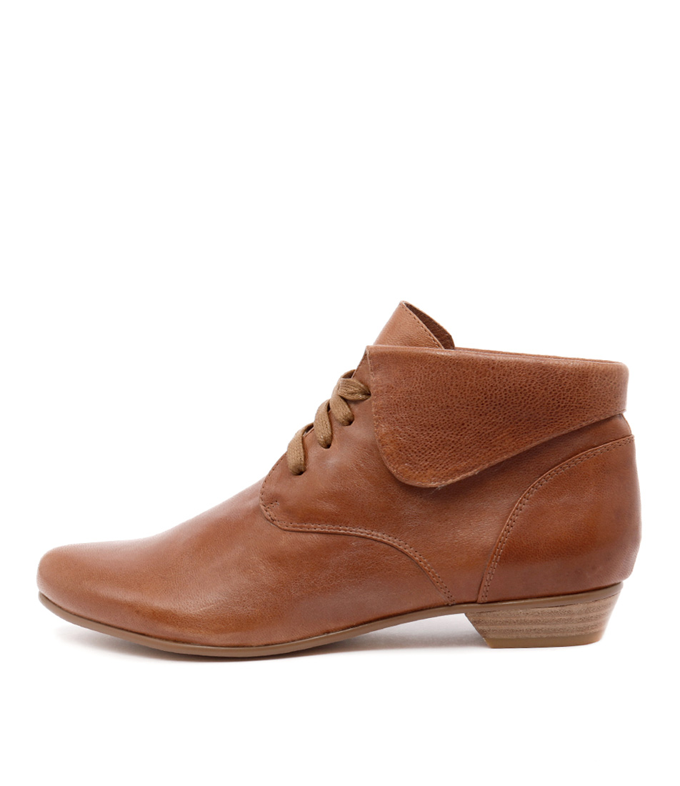 Gamins Amita Tan Casual Ankle Boots