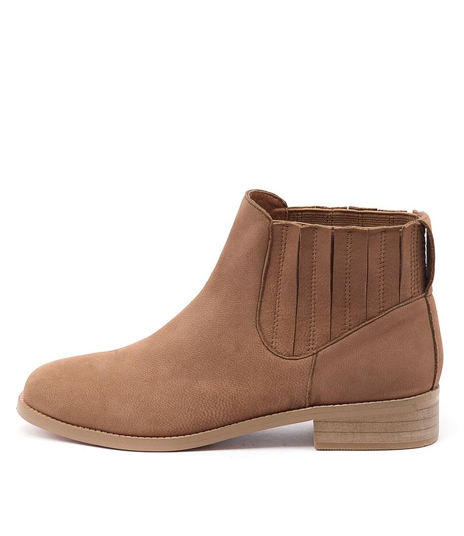 Gamins Laska Tan Casual Ankle Boots