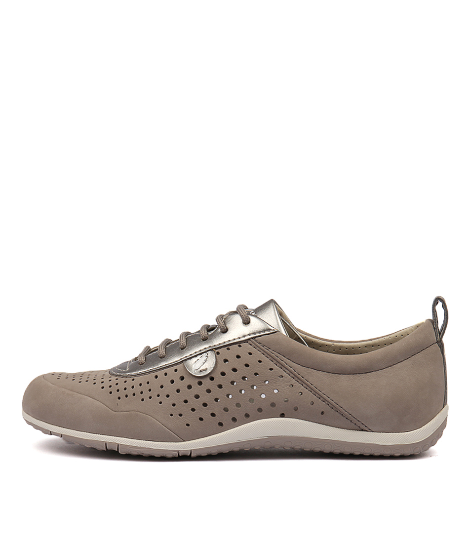 Geox Vega B D8209 Bltc1010 Light Grey Sneakers