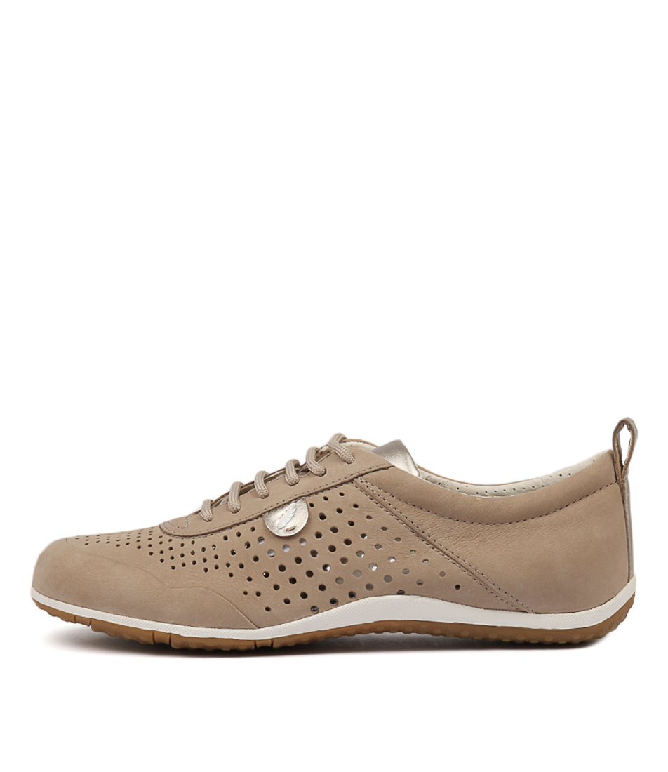 Geox Vega B D8209 Bltc5000 Beige Sneakers