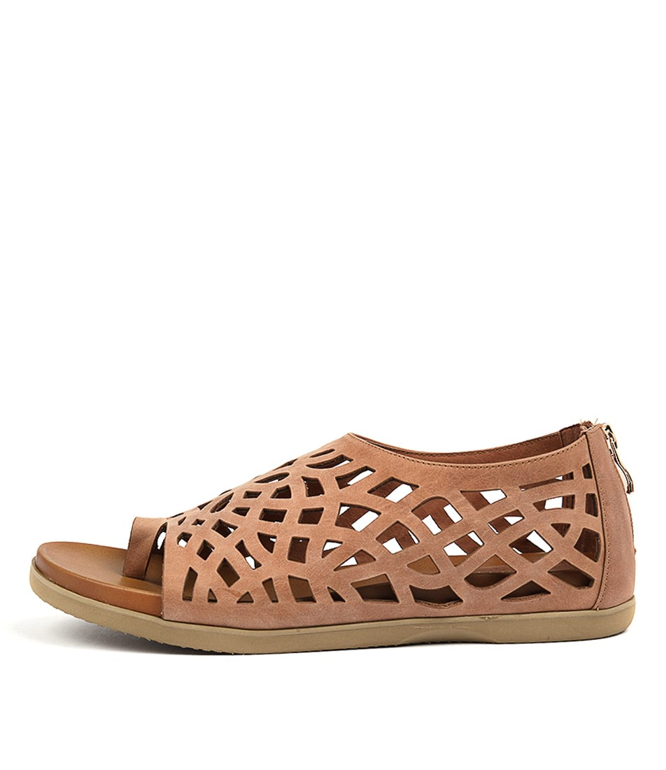 Gamins Veded Tan Casual Flat Sandals