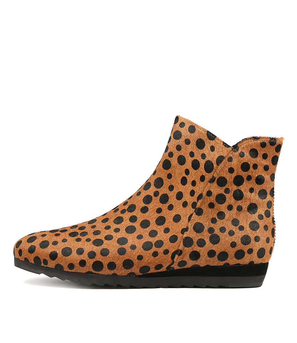 Gamins Frawley Tan & Black Spot Ankle Boots