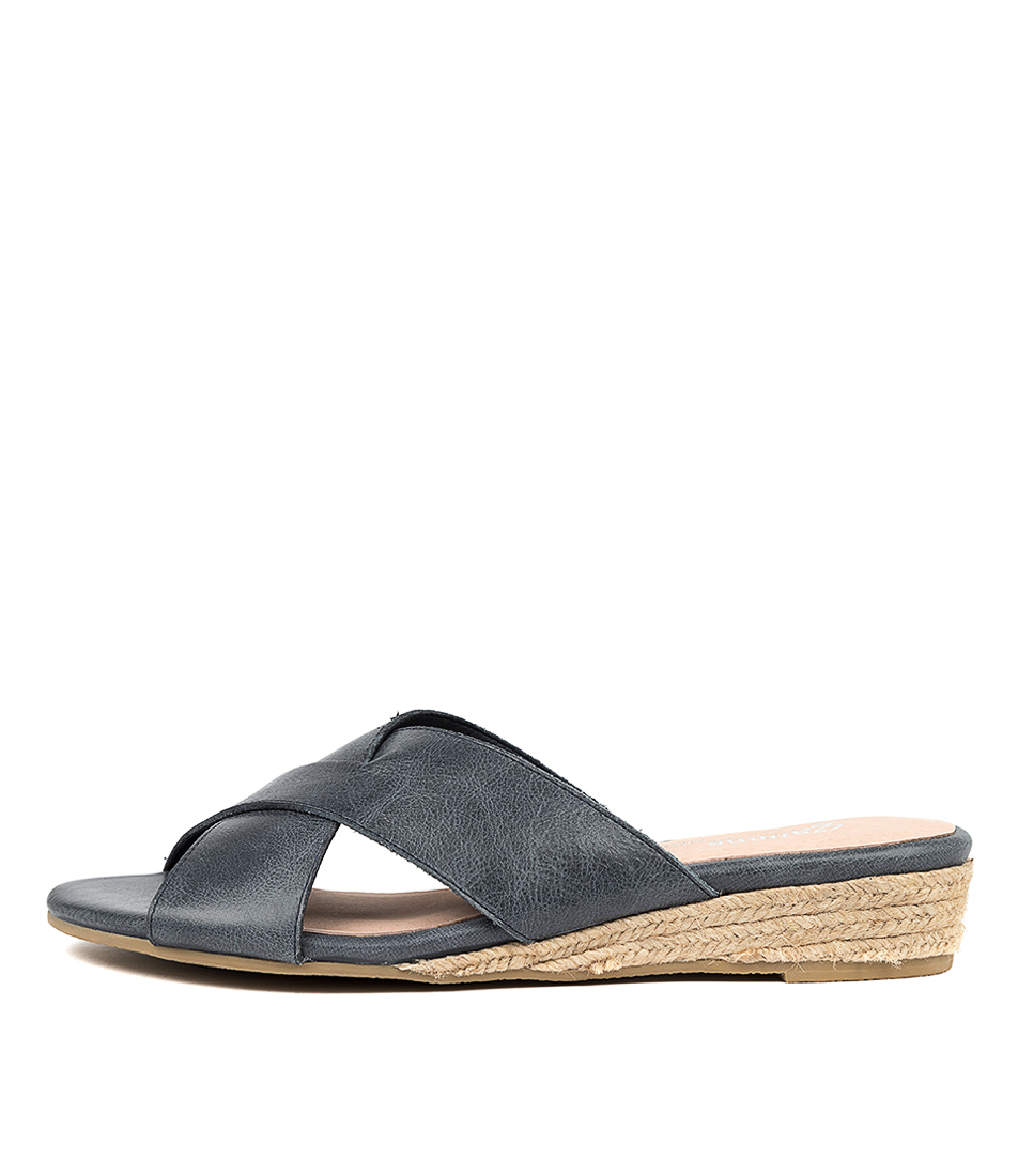 Buy Gamins Chaz Navy Navy Flat Sandals online with free shipping
