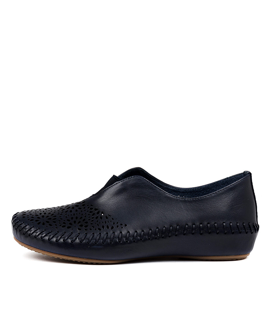 Buy Gamins Rashaan Navy Flats online with free shipping