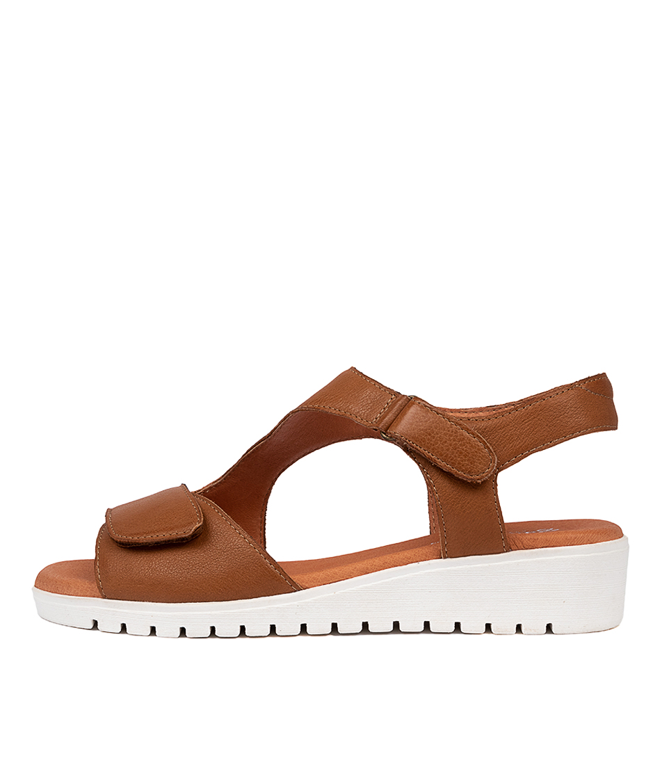 Buy Gamins Florene Gm Dk Tan White So Flat Sandals online with free shipping
