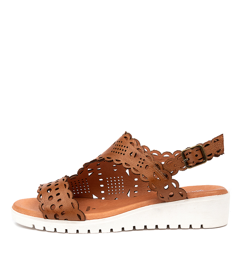 Buy Gamins Freddie Gm Dk Tan White So Flat Sandals online with free shipping