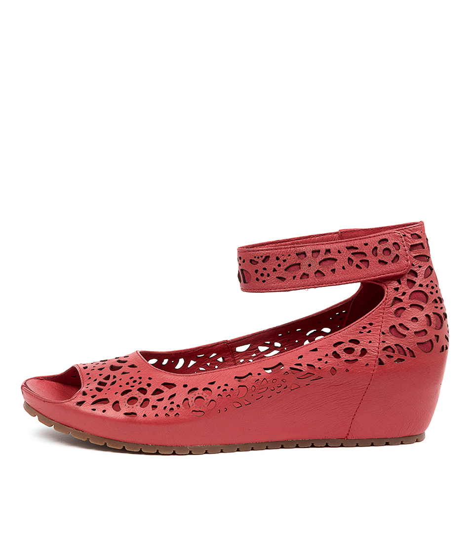 Buy Gamins Izola Gm Red Heeled Sandals online with free shipping