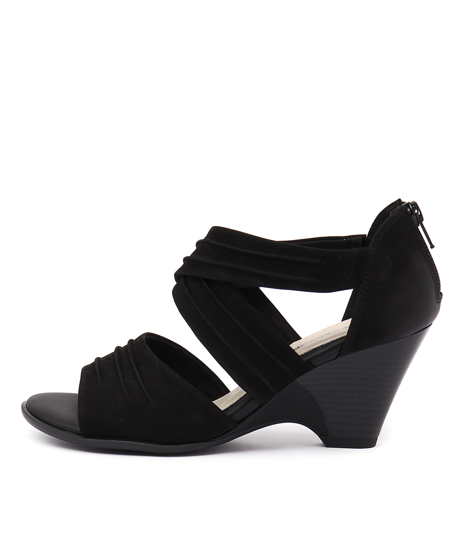 Gino Ventori Feud Black Sandals