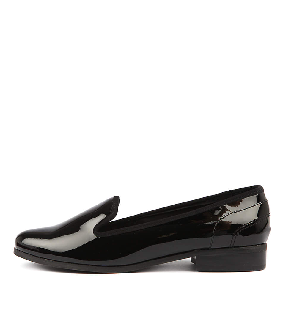 Buy Hush Puppies Fantastic Hp Black Flats online with free shipping