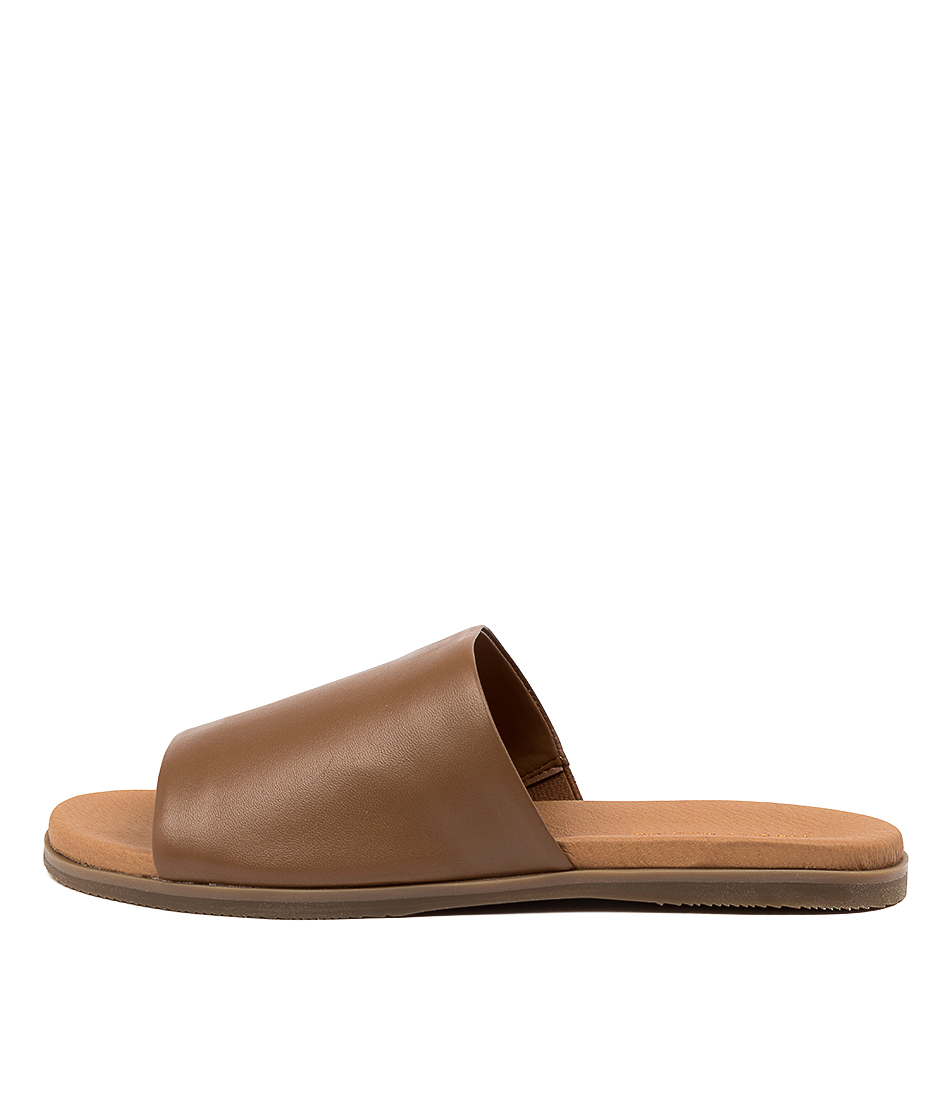 Buy Hush Puppies Paradise Hp Tan Sandals online with free shipping