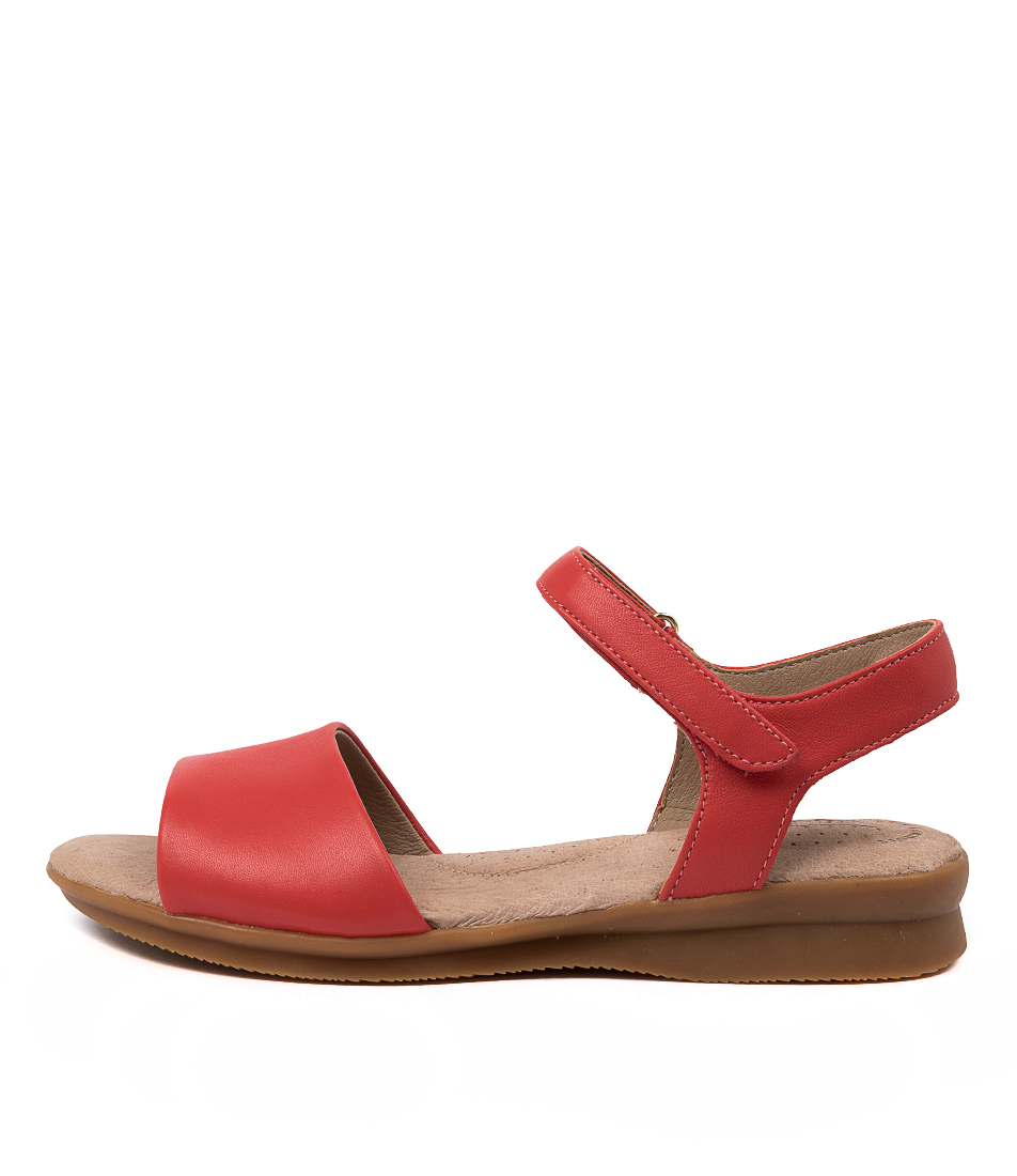 Buy Hush Puppies Nigella Pl Hp Tango Sandals online with free shipping