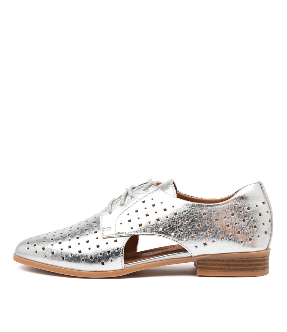 Buy Hush Puppies Fiji Hp Silver Flats online with free shipping