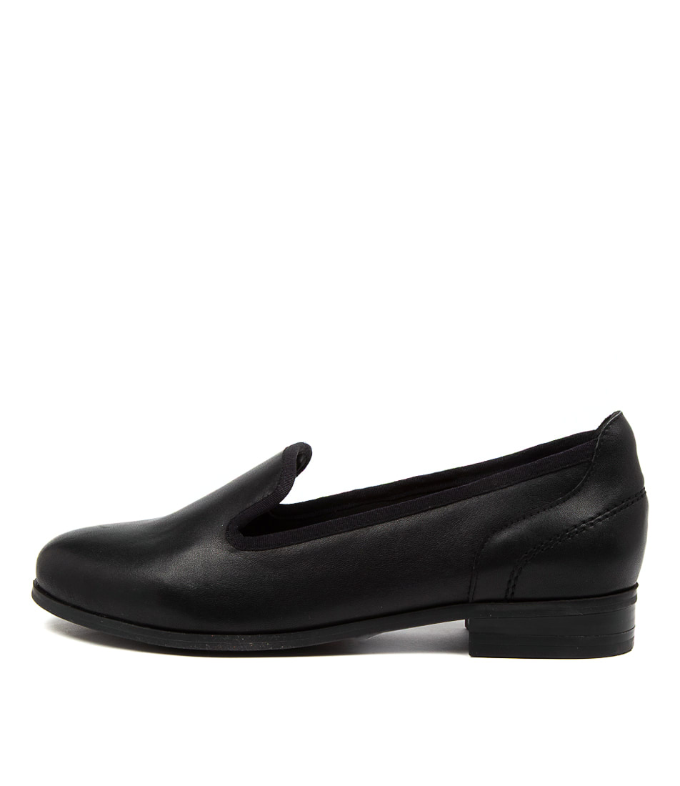 Buy Hush Puppies The Albert Hp Black Flats online with free shipping