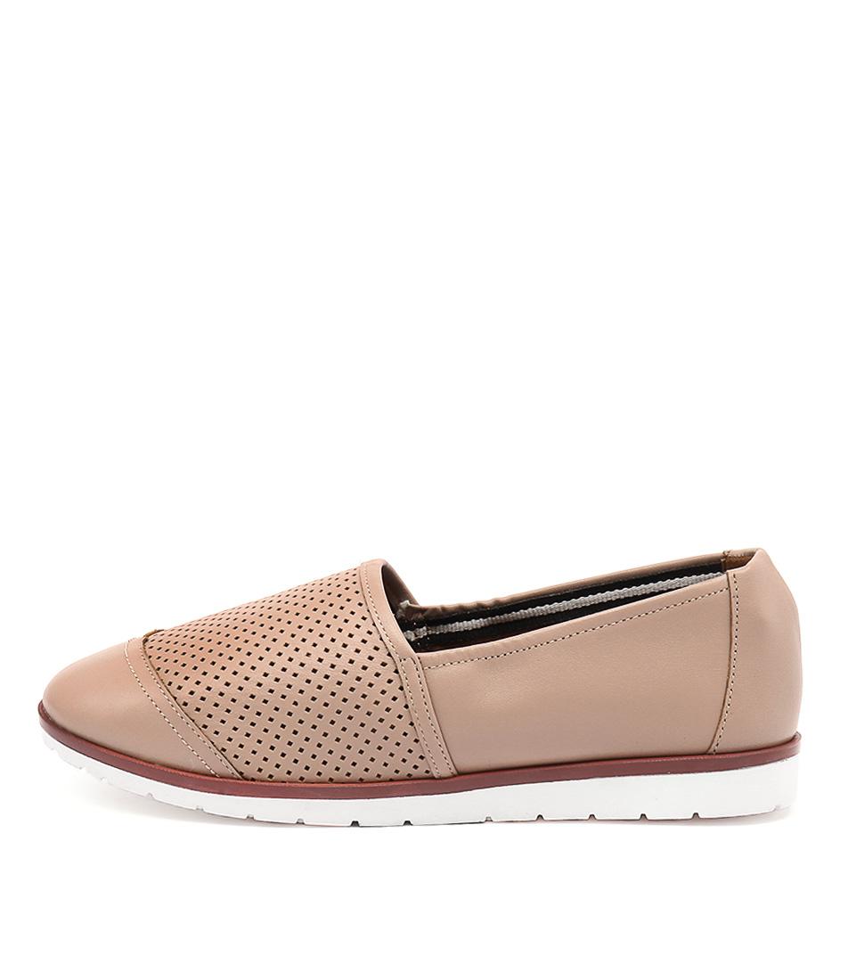 Human Premium Ivana Hu Sand Shoes