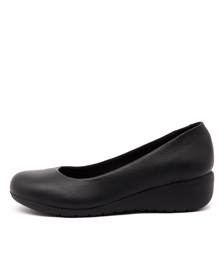 Hush Puppies Dylan Black Flat Shoes
