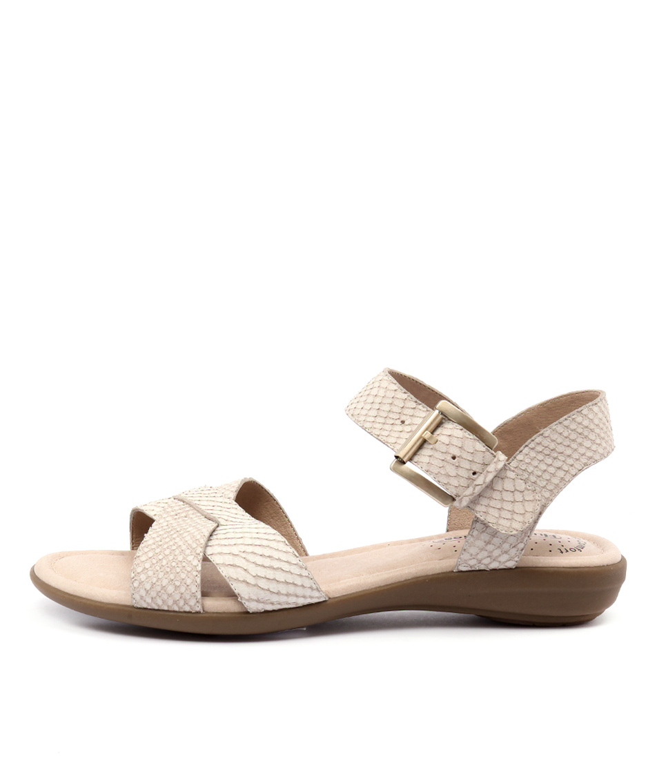Hush Puppies Colada Chalk Sandals