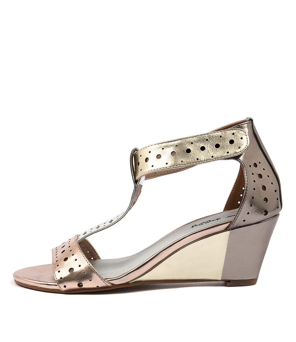 I Love Billy Blanche Rose Metallic M Heeled Sandals