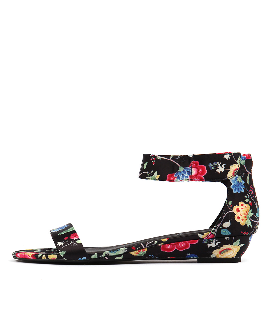 I Love Billy Marlena Black Print Sandals
