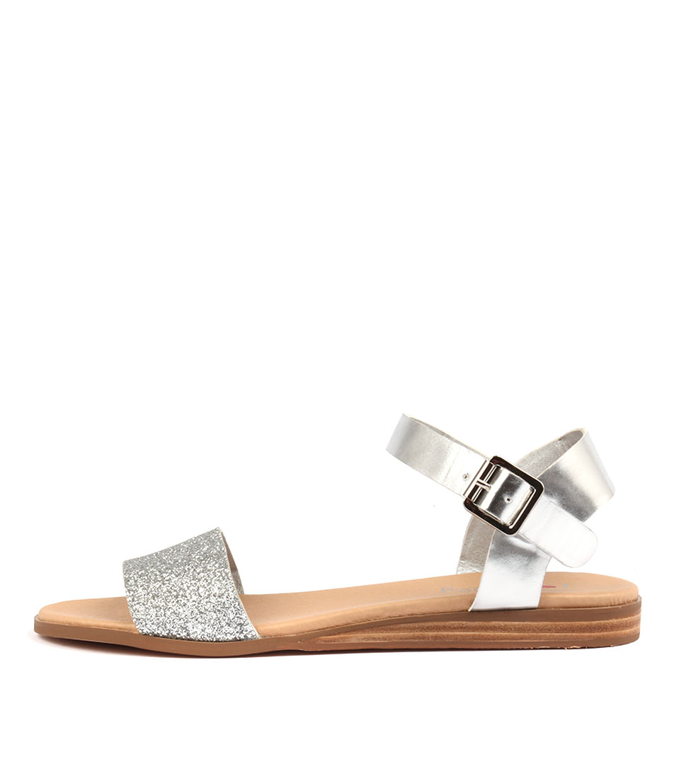 I Love Billy Oneday SilverFlat Sandals