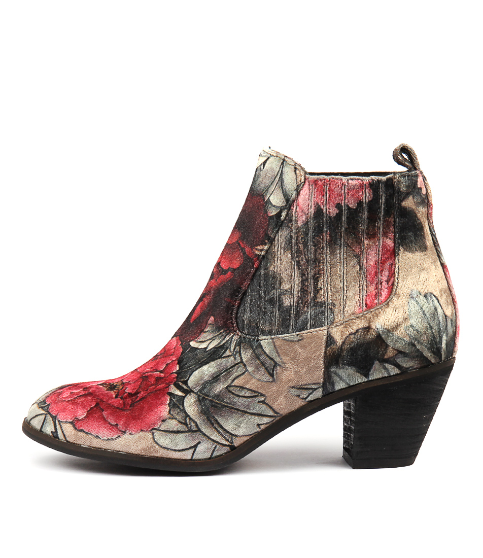I Love Billy Nexis Black Flower Ankle Boots