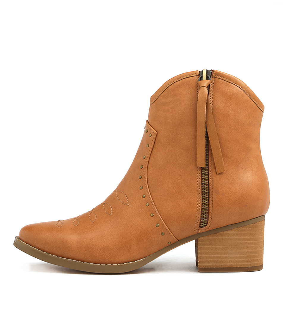 I Love Billy Livinas Tan Ankle Boots
