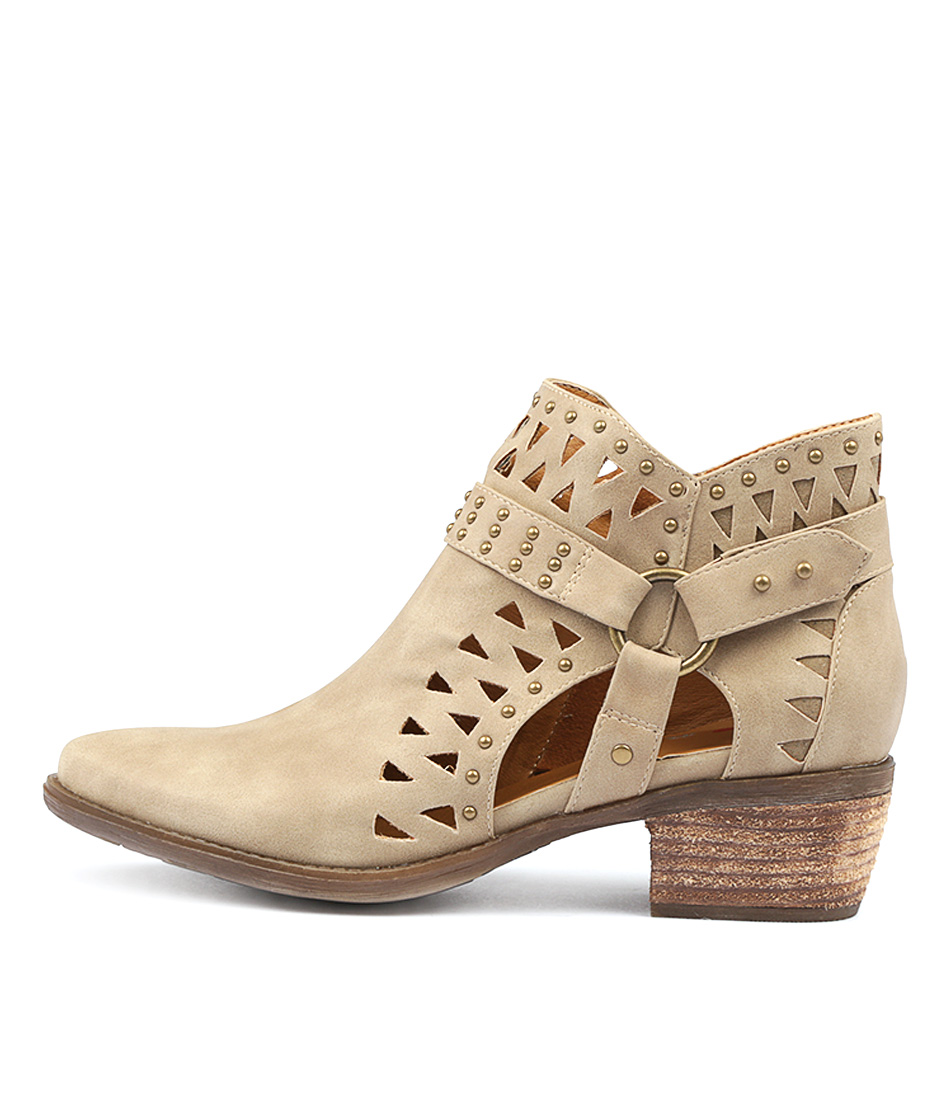 I Love Billy Shari Latte Ankle Boots