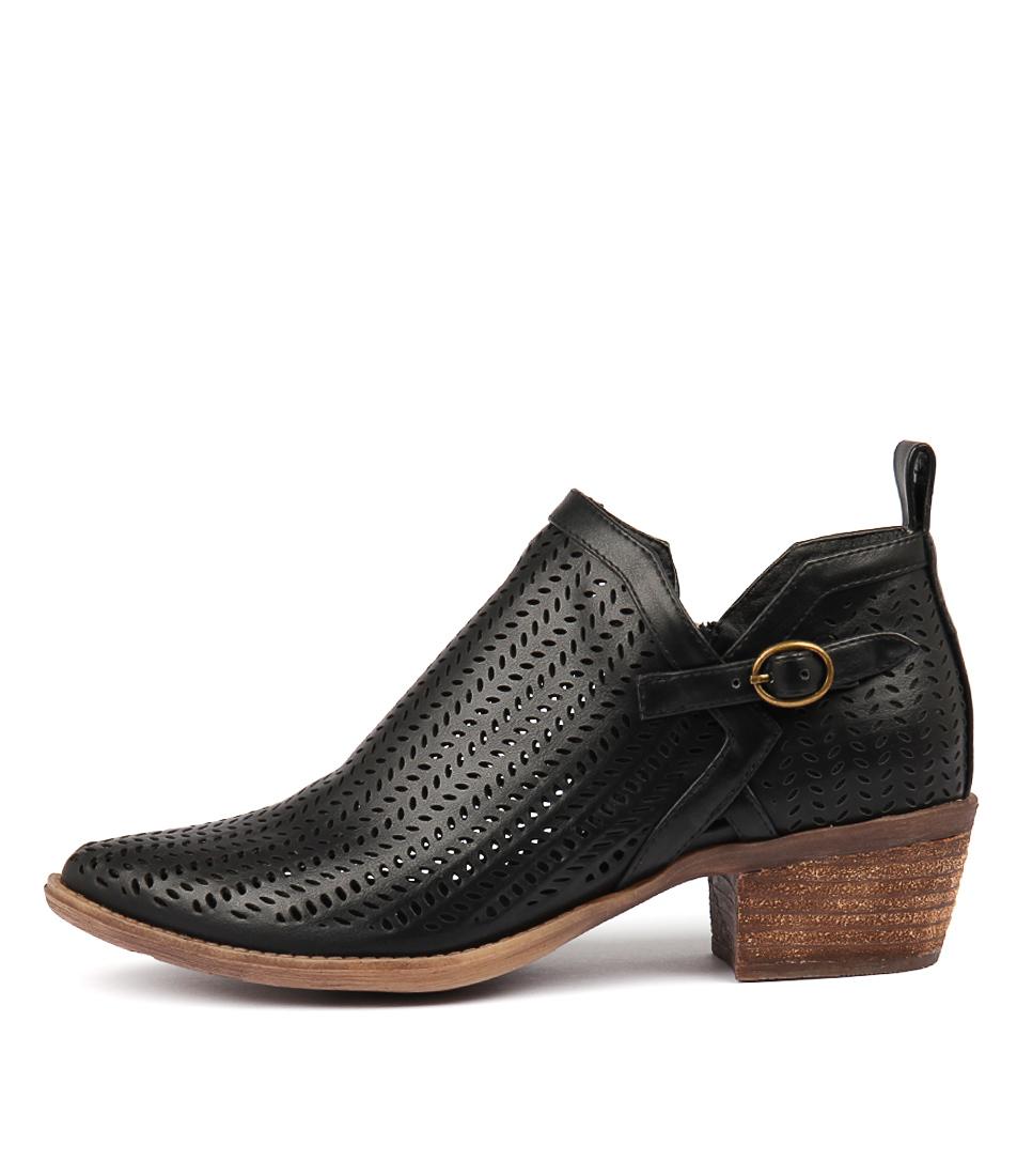 I Love Billy Susan Black Ankle Boots