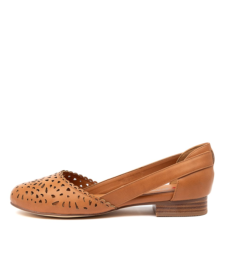 Buy I Love Billy Alkoxy Il Tan Flats online with free shipping