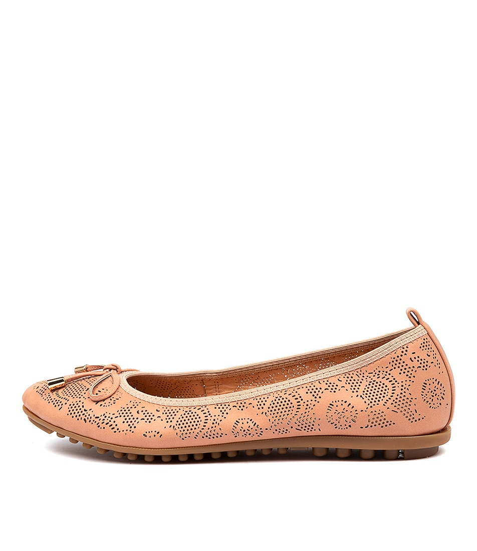 Buy I Love Billy Cahlo Il Cafe Flats online with free shipping