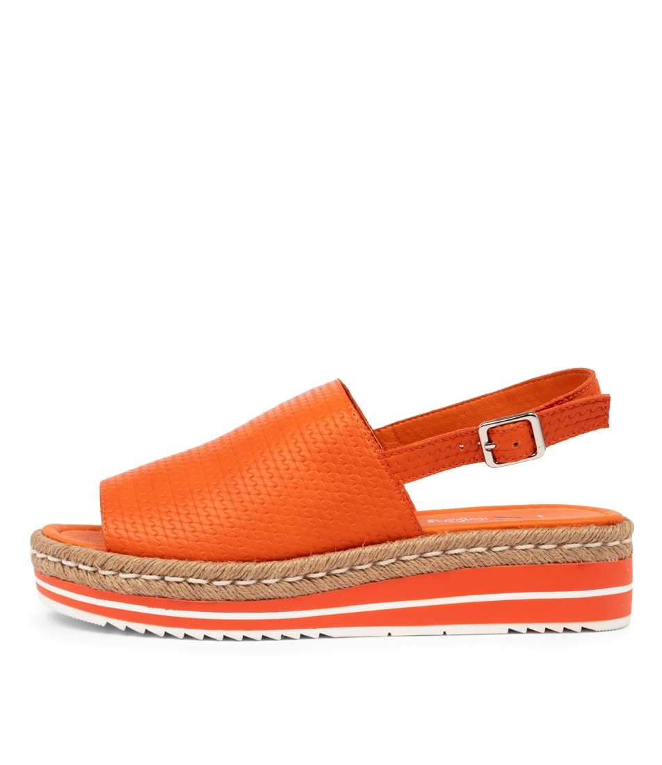 Buy I Love Billy Amai Il Orange Chain Flat Sandals online with free shipping