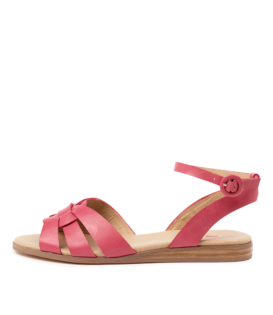 Buy I Love Billy Oracal Il Melon Flat Sandals online with free shipping