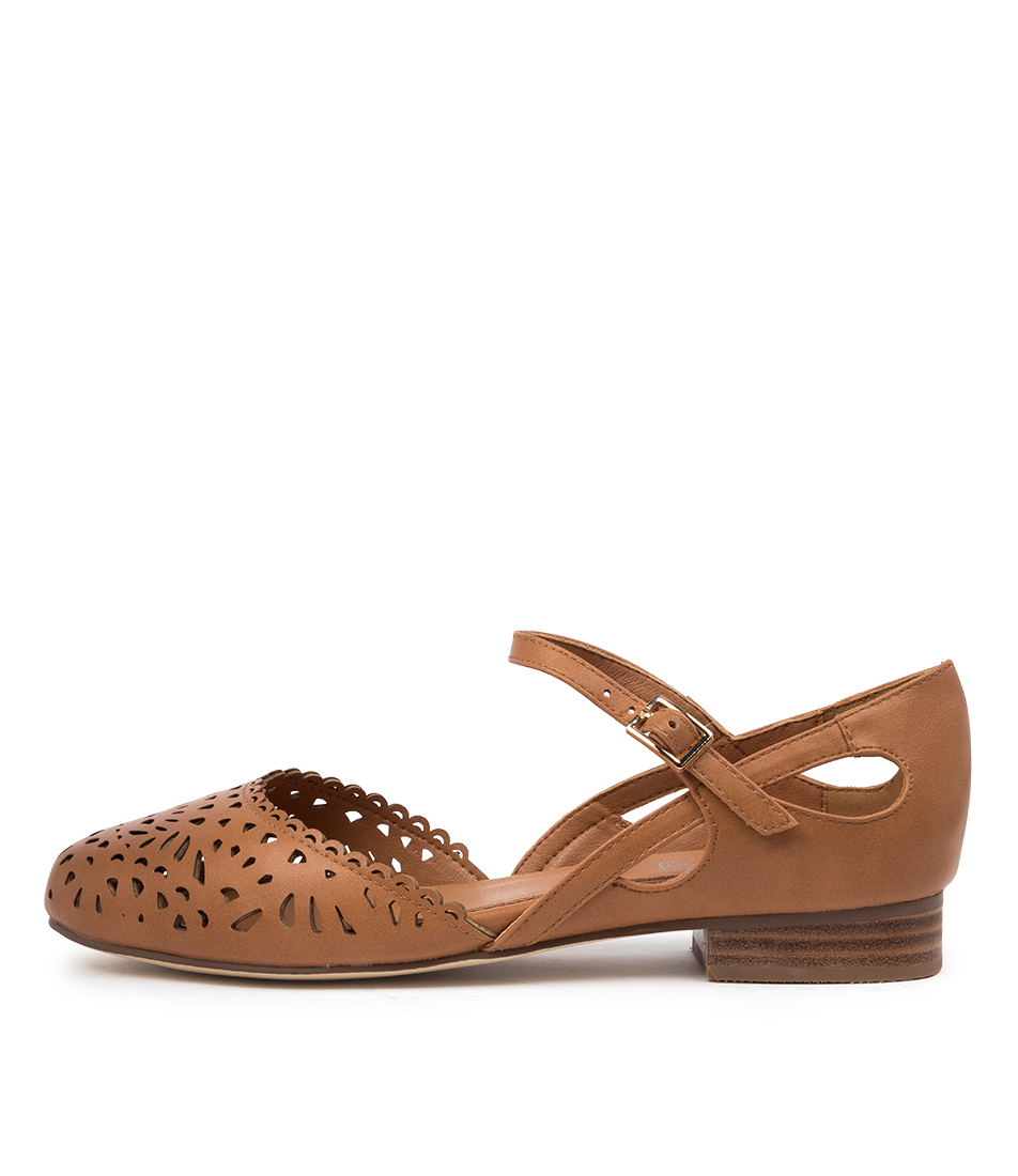 Buy I Love Billy Arigas Il Tan Flats online with free shipping