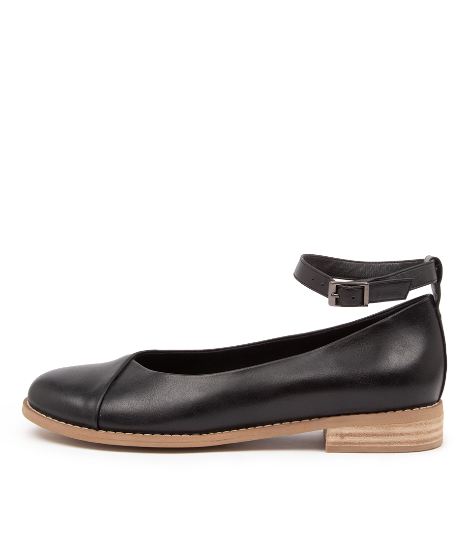 Buy I Love Billy Qira Il Jet Black Flats online with free shipping
