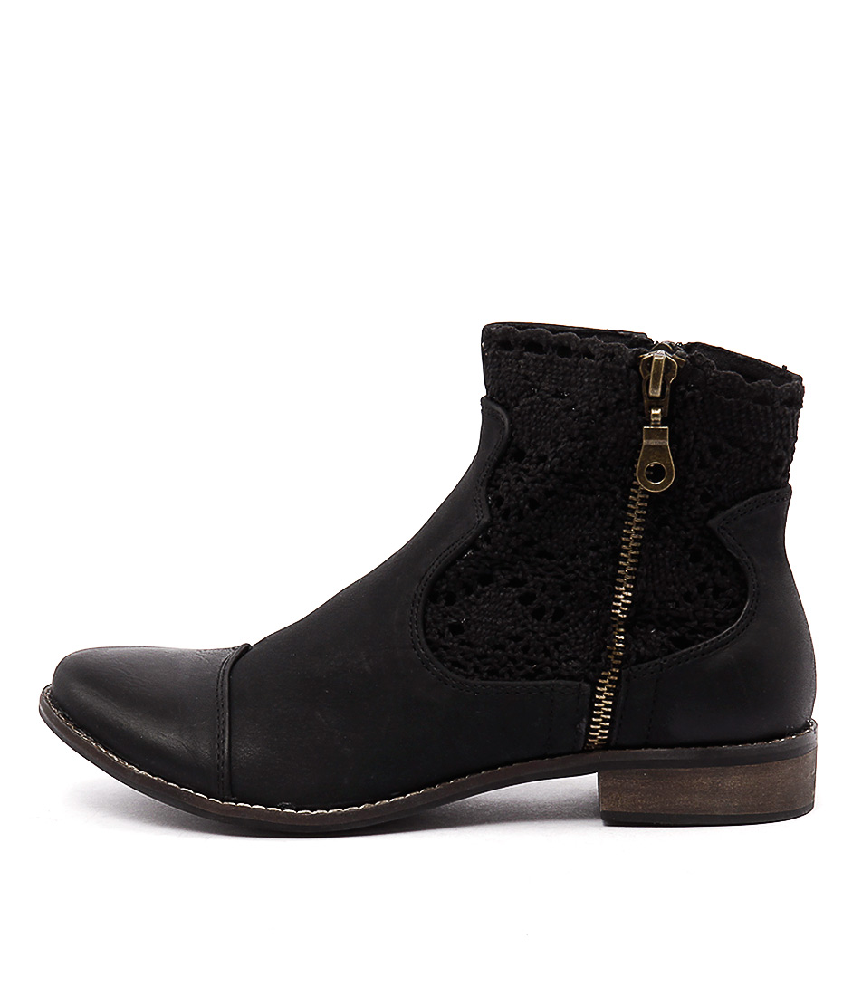 I Love Billy Flutter Black Casual Ankle Boots