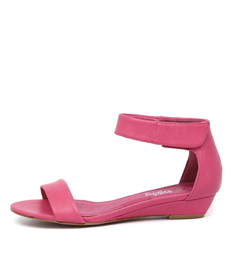 I Love Billy Marlena Fuchsia Sandals
