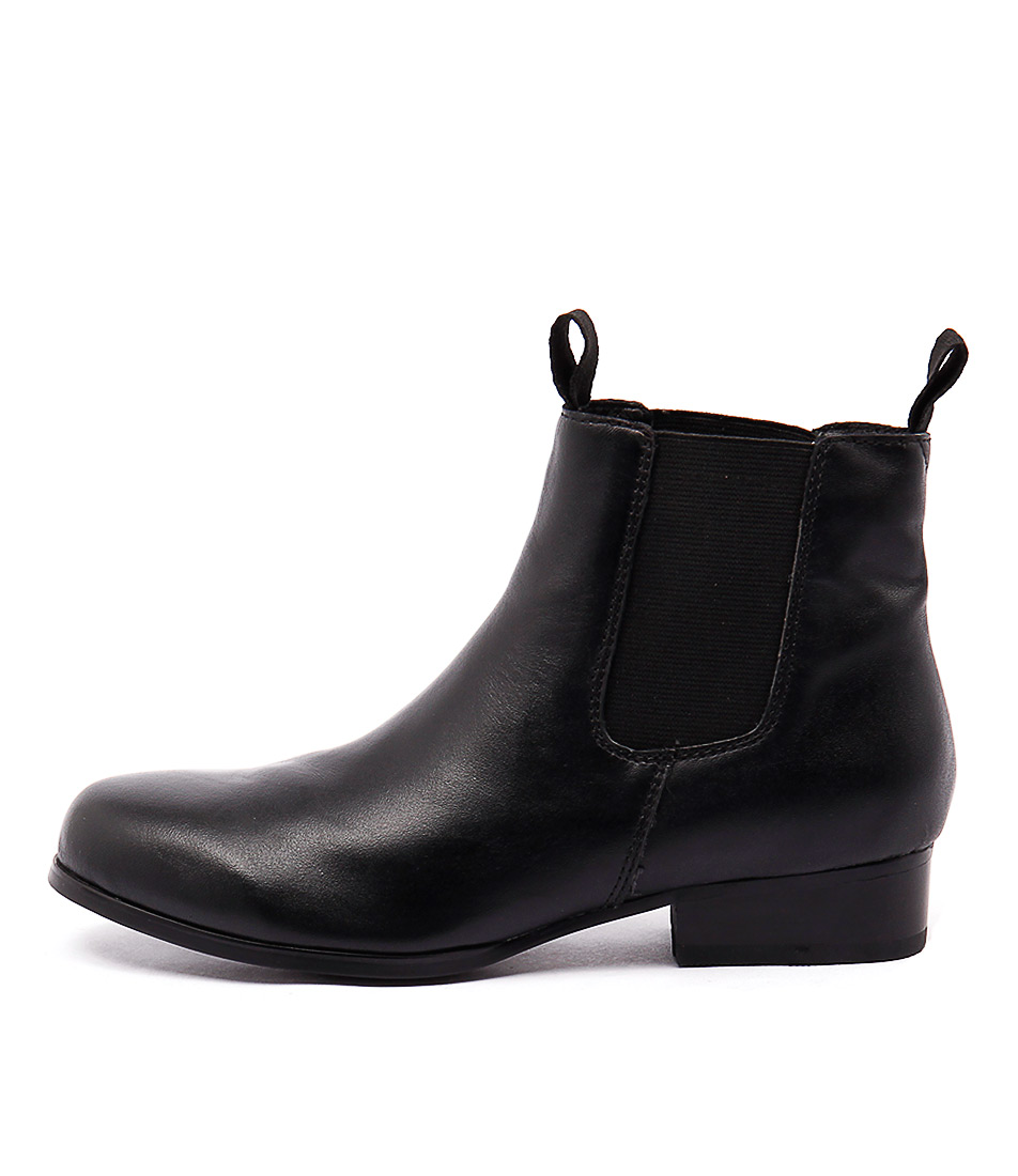 I Love Billy Ponyclass Black Boots