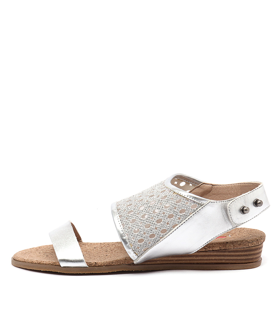 I Love Billy Hoshi Silver Casual Flat Sandals