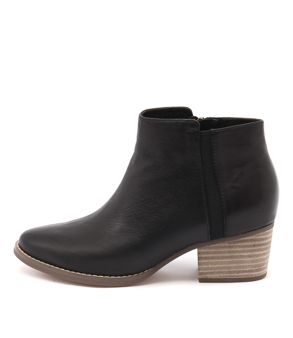 I Love Billy Lavina Black Ankle Boots