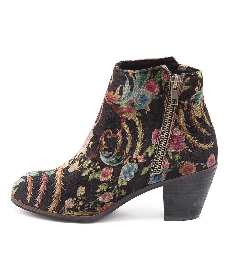 I Love Billy Nolo Black Print Casual Ankle Boots
