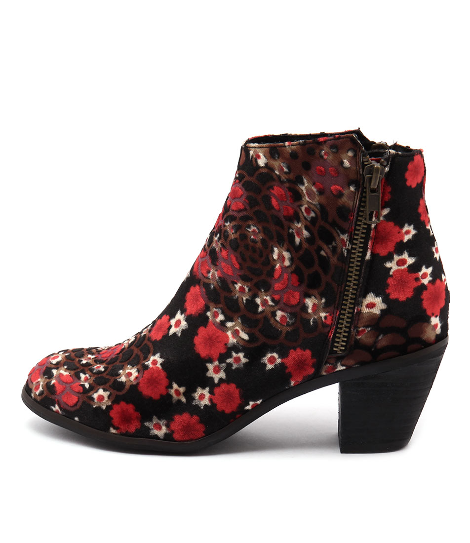 I Love Billy Nolo Black & Red Flowe Boots