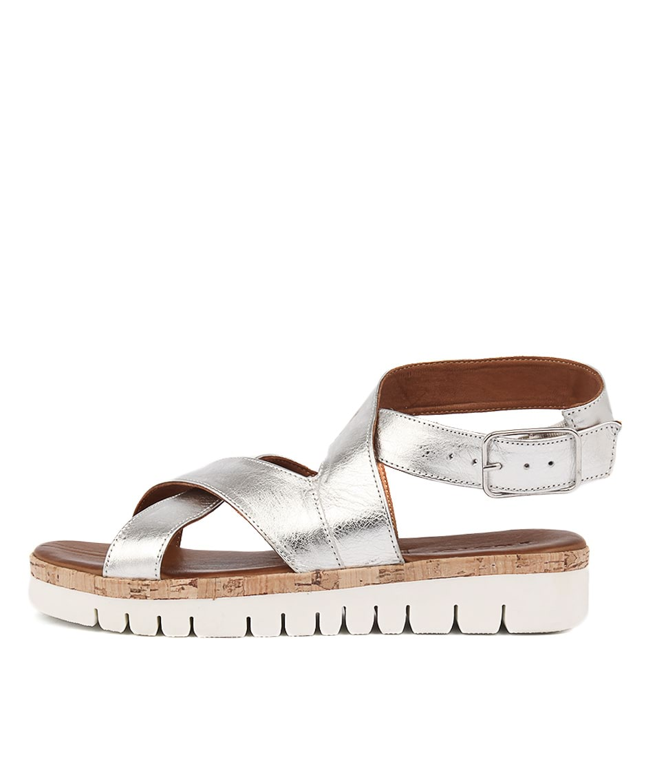 Inuovo 7930 Silver Sandals