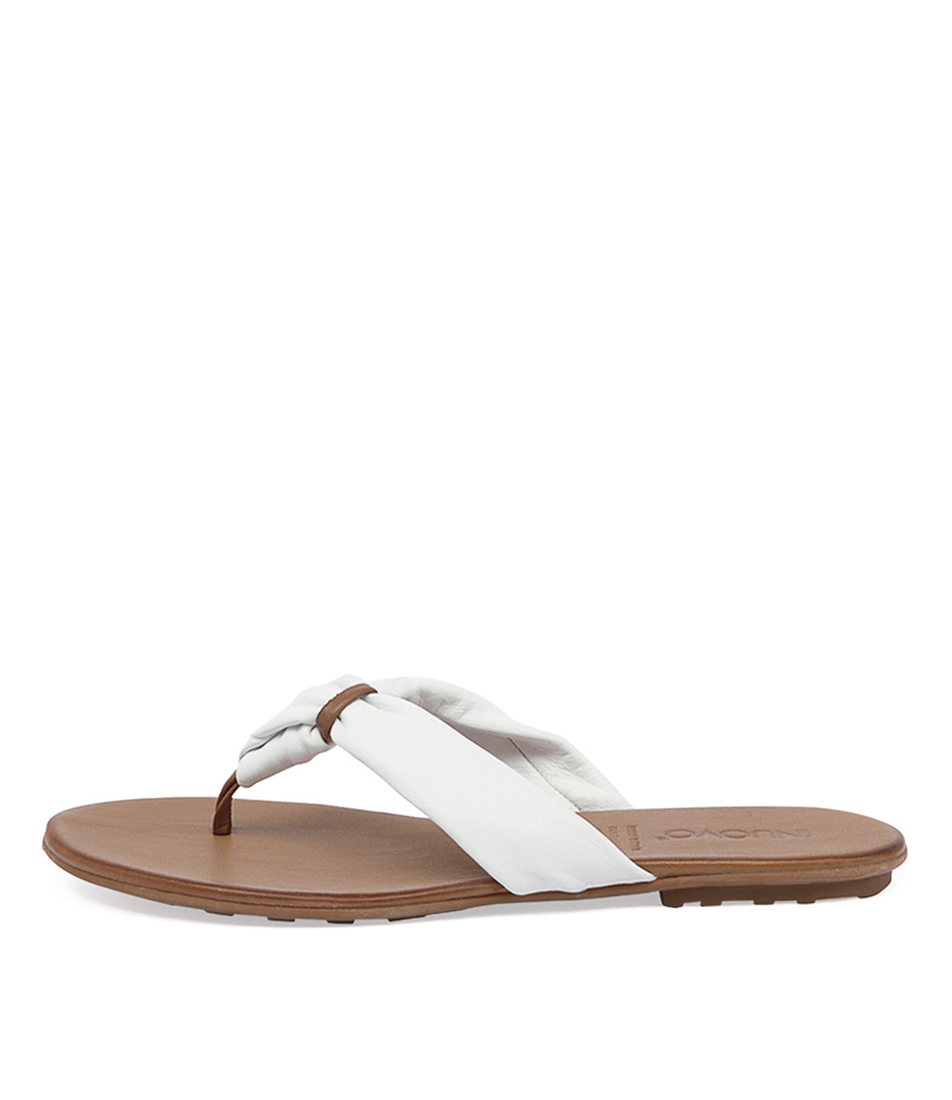 Inuovo Sandy In White Sandals