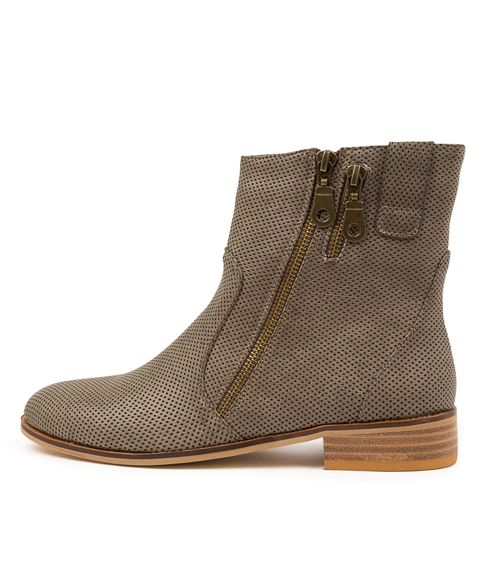 Buy Ko Fashion Boom Donkey Ankle Boots online with free shipping